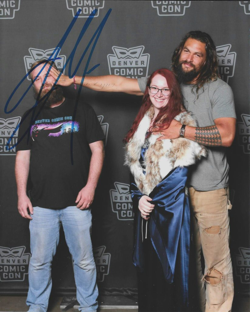 Hilarious Jason Momoa Picture From Denvers Comic Con Gotchamovies
